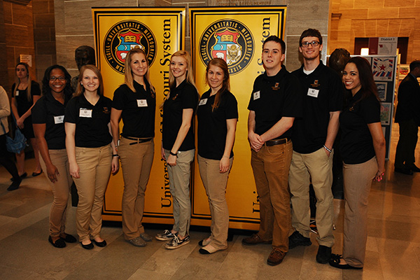 Student researchers from Columbia, Missouri, present at ...