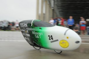 Missouri S&T Human Powered Vehicle Competition Team travels to California