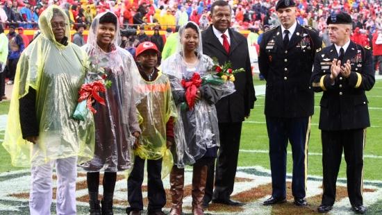 UMKC donates scholarship to family of slain soldier
