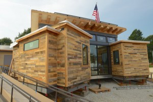 Missouri S&T solar house travels for competition