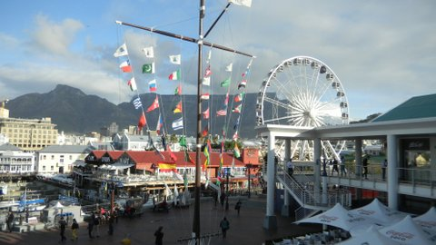 southafrica-capetown-waterfront.JPG